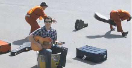 united-breaks-guitar.jpg