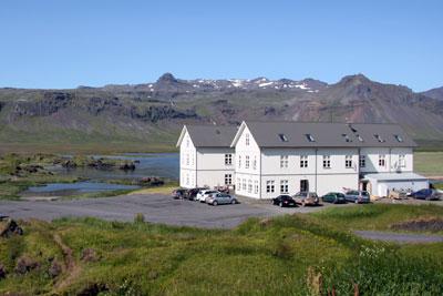 island_hotel_budir.jpg