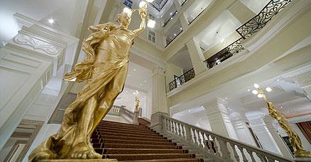 budapest-corinthia-lobby.jpg