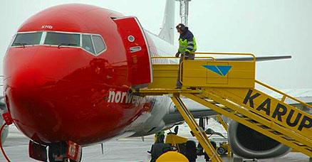 Flere fly til Karup - Viviro.com