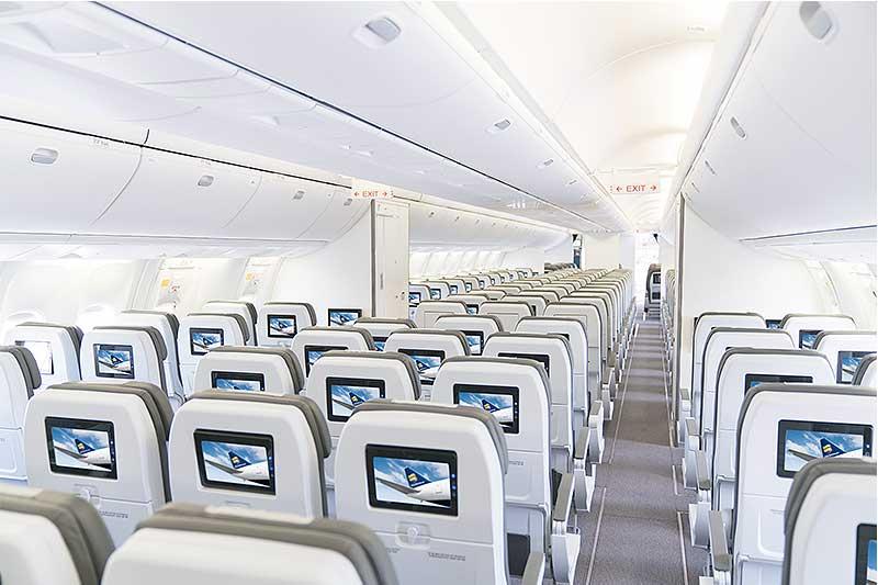 Icelandair-767-cabin