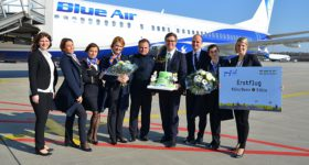 Blue Air starter rute til Torino. Her er selskabet ved starten af ny rute til Cologne-Bonn Airport (foto: Cologne-Bonn Airport / PR)