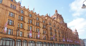 Luksusvarehuset Harrods i London (foto: British Airways / PR)