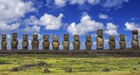 Statuerne på Påskeøen i Chile (foto: British Airways / PR)
