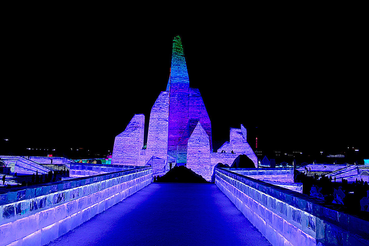 Harbin-Ice-And-Snow-Festival-12