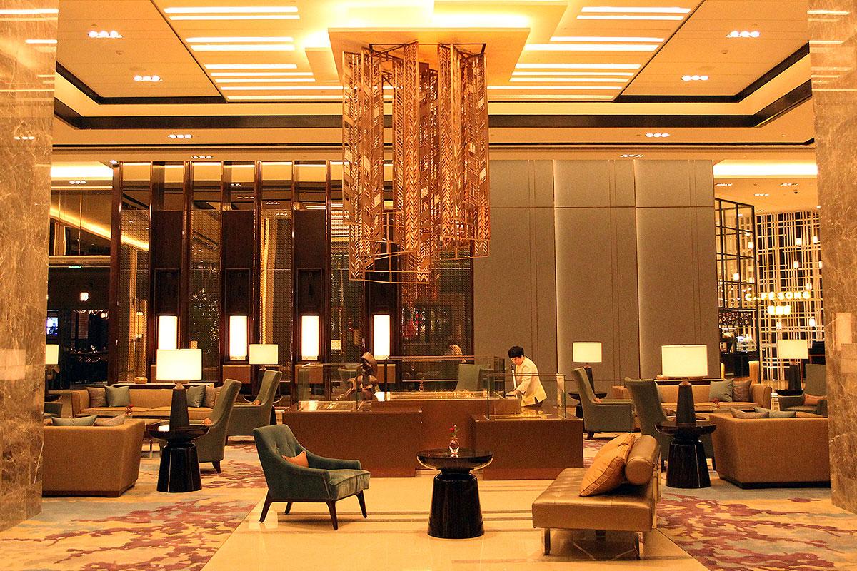 Songbei-Shangri-La-lobby