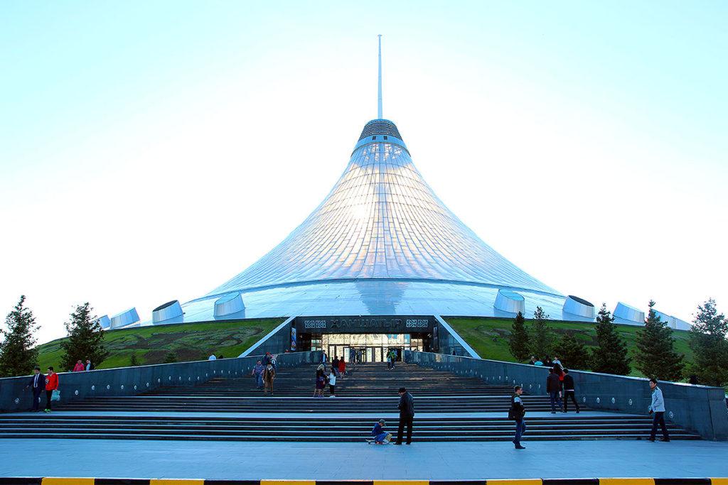 Shopping-mekkaet Khan Shatyr i Astana, Kasakhstan (foto: Kenneth Karskov)